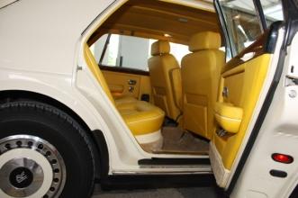 Autobahn RollsRoyce4 interior_7