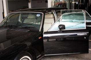 Bentley Black Exterior 1 (10)