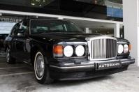 Bentley Black Exterior 1 (3)