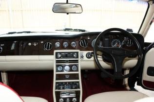 Bentley Black Interior (5)