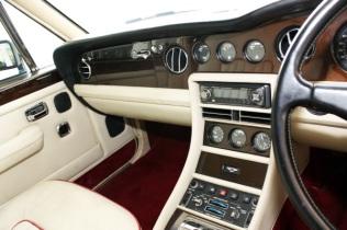 Bentley Black Interior (6)